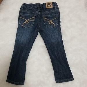 🐘4/$25 DKNY adjustable dark wash skinny jeans 2T